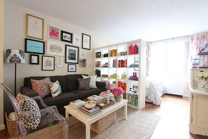 decoracao de apartamentos pequenos femininos:Apartamento pequeno, feminino e despojado em New York – Casinha