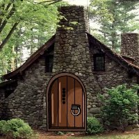 GenieFunGames - Witch Rock House Escape