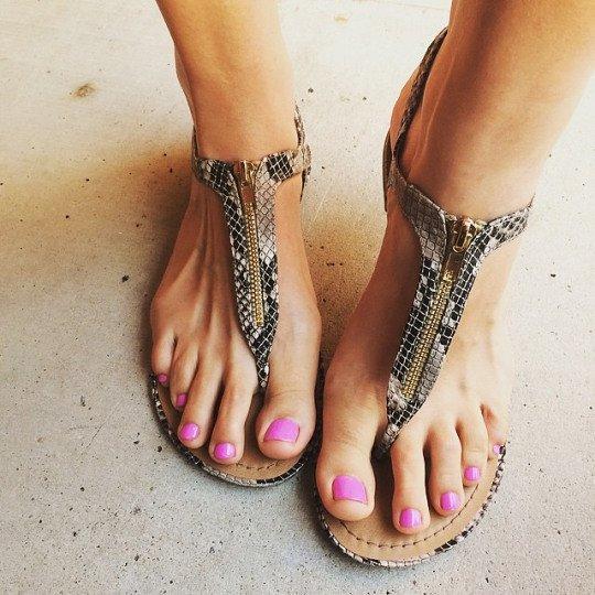 Hradcore foot jobs