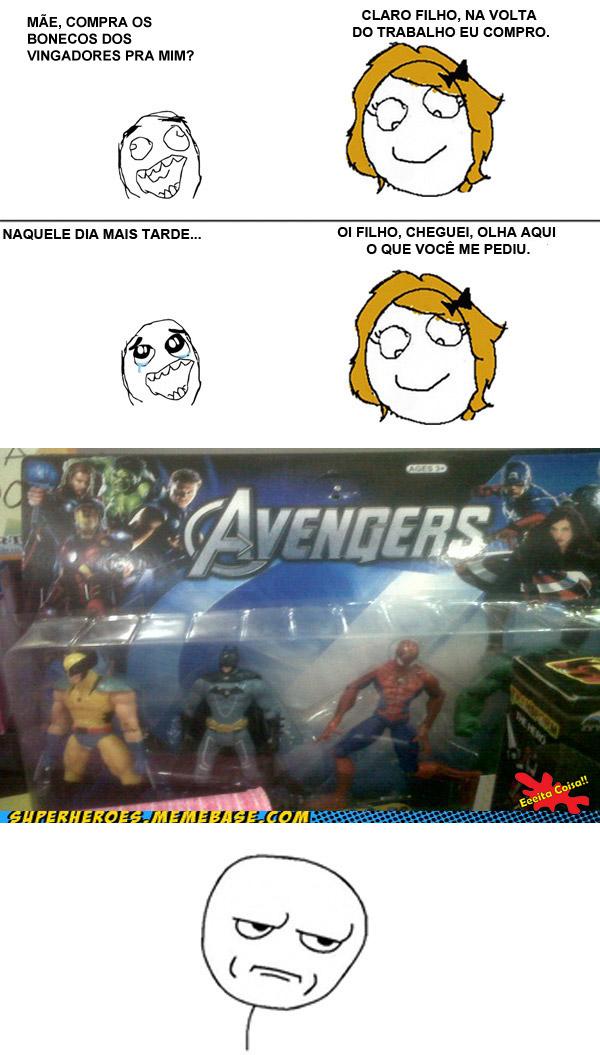 Bonecos dos vingadores foi o que o pequeno Derp meme pediu para sua mãe mas ela trouxe o Batman junto com o Wolverine e o Spiderman