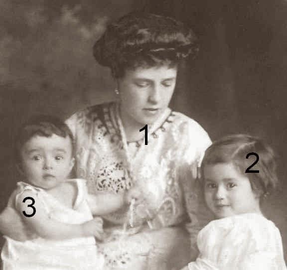Princesse Gottfried zu Hohenlohe-Schillingfürst et ses filles