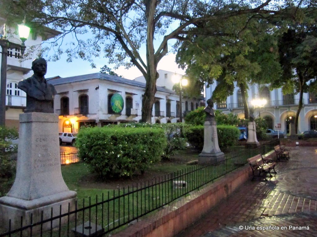 estatuas fundadores republica panama