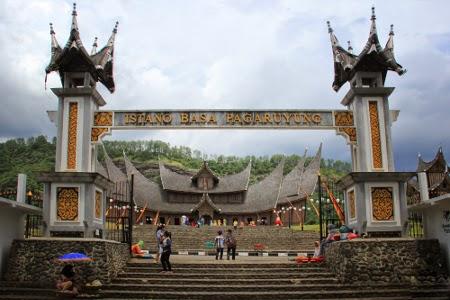 Tips Beauty And Beautiful Destination Wisata Sejarah Istana Pagaruyung Istano Basa Pagaruyung