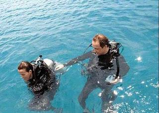 IMG 20151026 220918 - Menikmati pantai pasir putih dan berenang di pulau Sepa