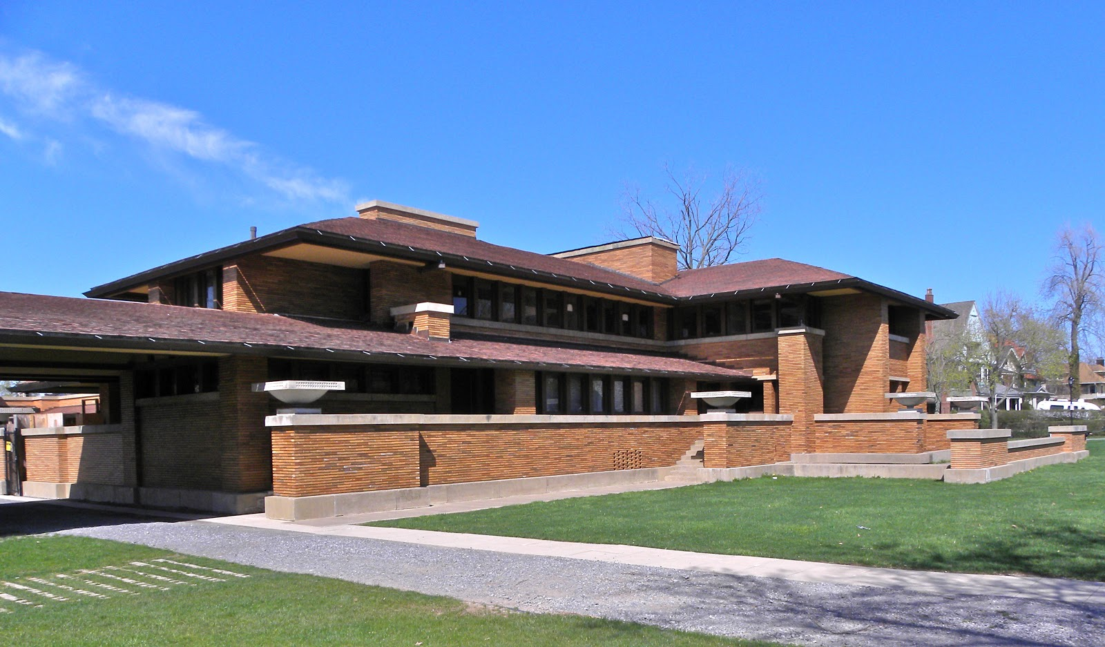 J Buffalo House THE WEEKLY WRIGHT-UP: ...
