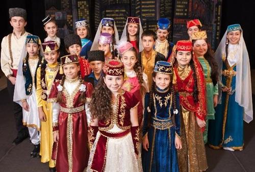 Baju Kostum Warga Tartar Source nationalclothing.org