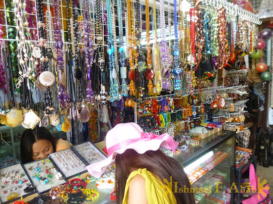 Souvenirs for sale in Puerto Princesa, Palawan