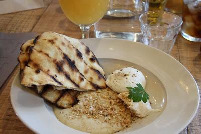 Hummus Grain Store de Londres. Blog Esteban Capdevila