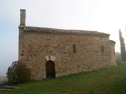 Façana sud de l'ermita de Sant Miquel de Vilageriu