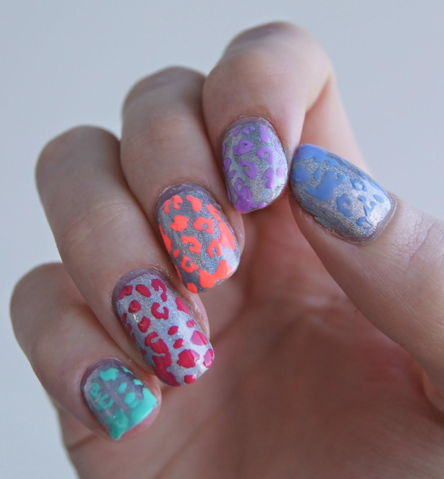 nail art motif leopard