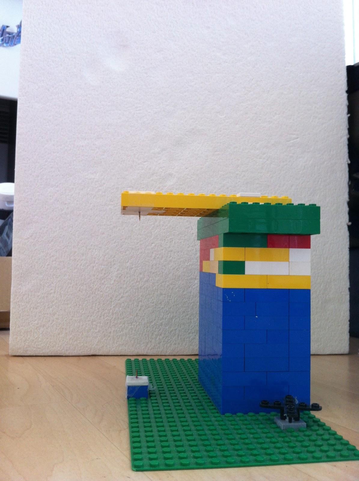 Fen tre sur diorama faire une colonne avec une proxxon for Fenetre lego