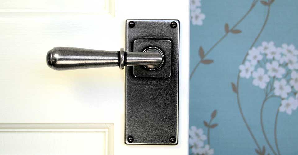 Finesse Durham Pewter Door Handles