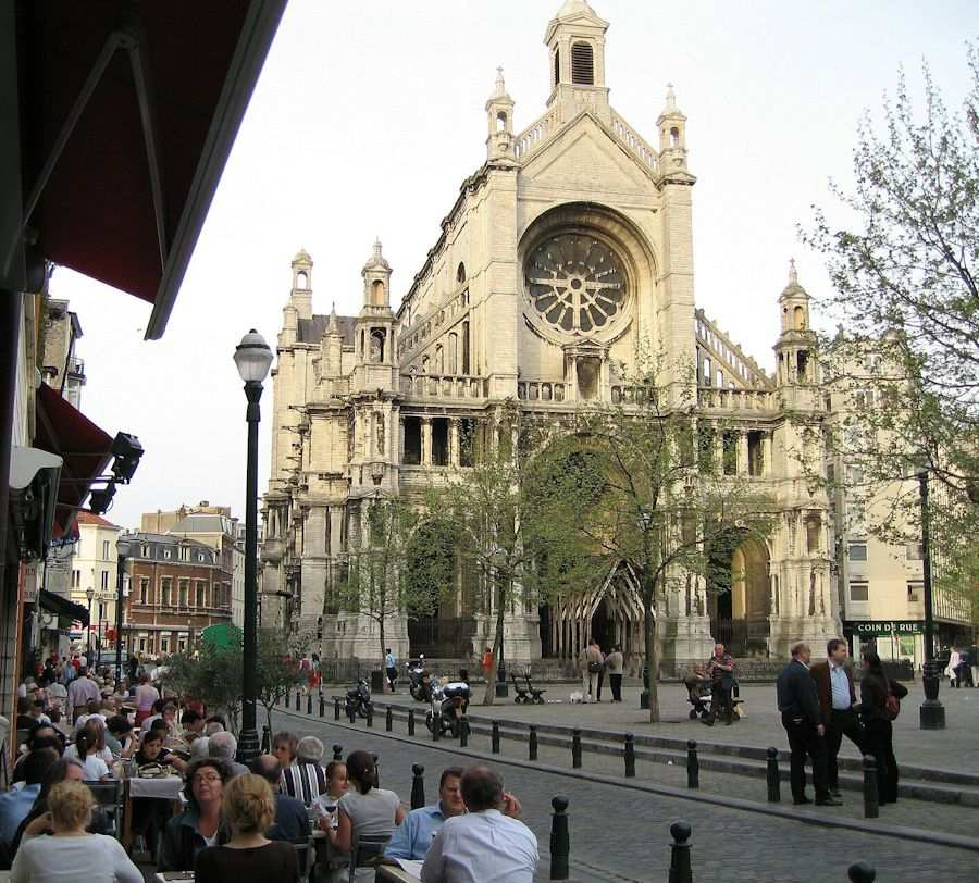 http://4.bp.blogspot.com/-zjTuoK4t2g4/T1aW8Qghy0I/AAAAAAAAL0g/ocwgB6cKqUc/s1600/Santa+Catarina+virara+mercado,+Bruxelas.jpg