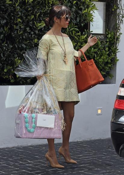 kourtney kardashian and kim kardashian attend baby shower