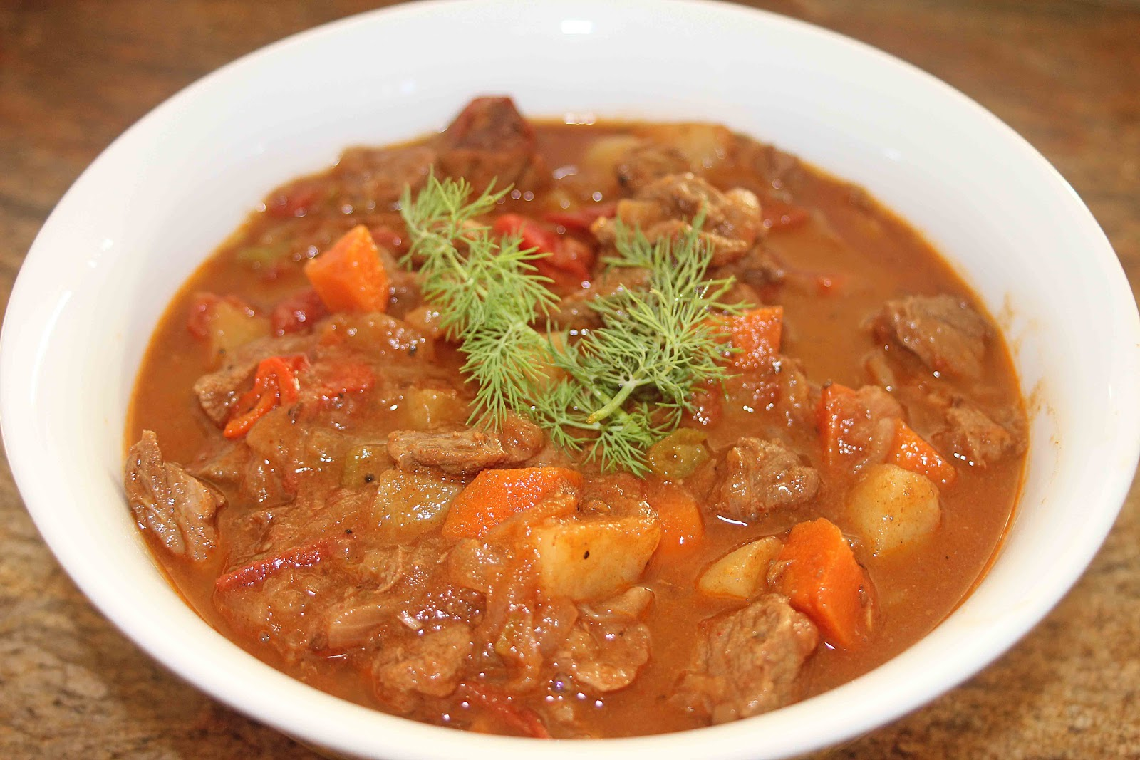 The Grub Files: Cooking with Camissonia: Hungarian-Style Goulash