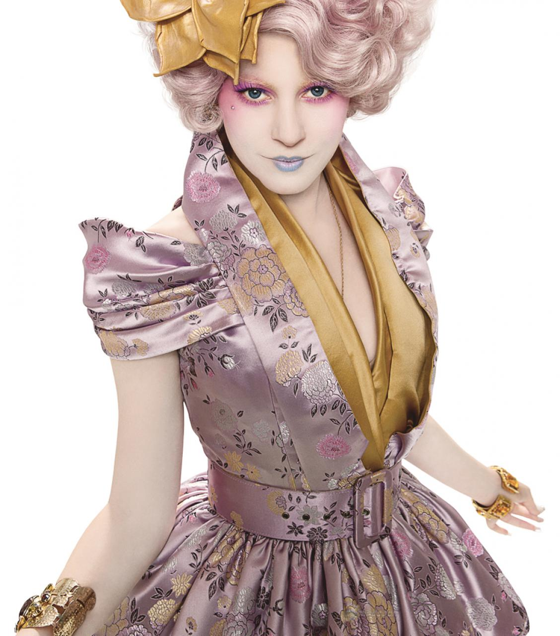 http://4.bp.blogspot.com/-zjrd_oXw4eE/Tw8ghMT-T0I/AAAAAAAABHY/Bo8RIxP8tyQ/s1600/Elizabeth-Banks-as-Effie-Trinket-The-Hunger-Games.jpg