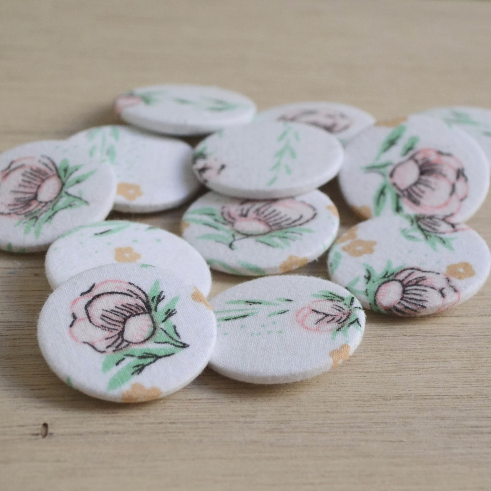 https://www.etsy.com/listing/175723298/pretty-vintage-floral-fabric-badges?ref=shop_home_active_3