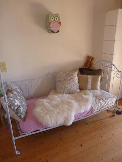 enlever papier peint moquette la rochelle devis peinture maison neuve empire papiers peints. Black Bedroom Furniture Sets. Home Design Ideas