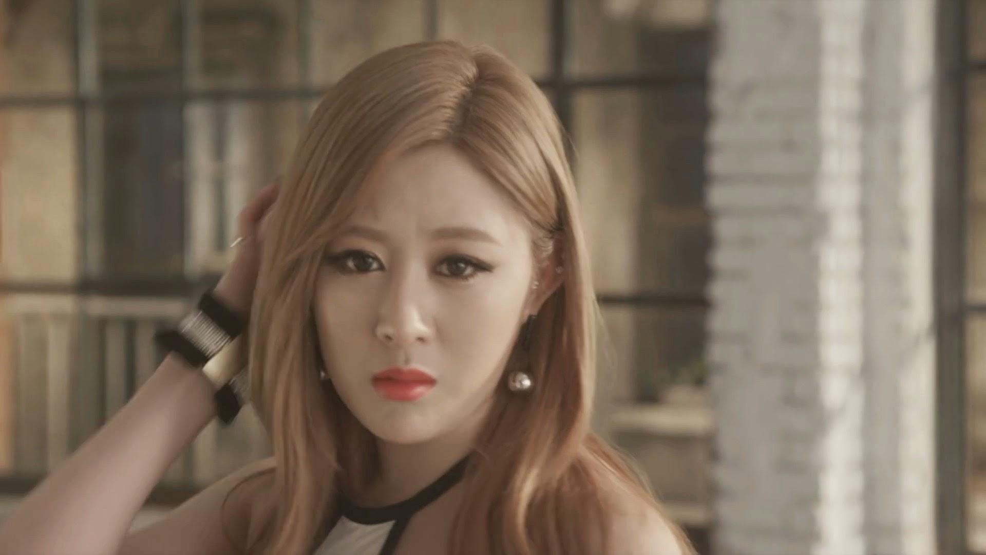 Pocket Girls' Jua in Bbang Bbang MV