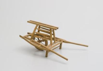 wooden-models-of-sedan-chair-and-wheelba