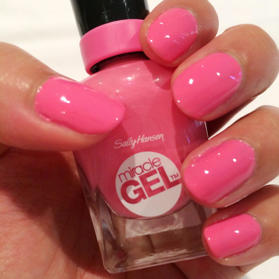 Review sally hansen miracle gel set in 310 shock wave beauty