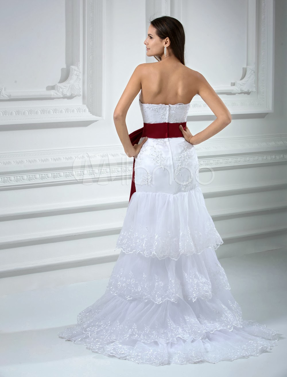 China Wholesale Dresses - White Strapless Beading Lace Satin Sash Wedding Dress