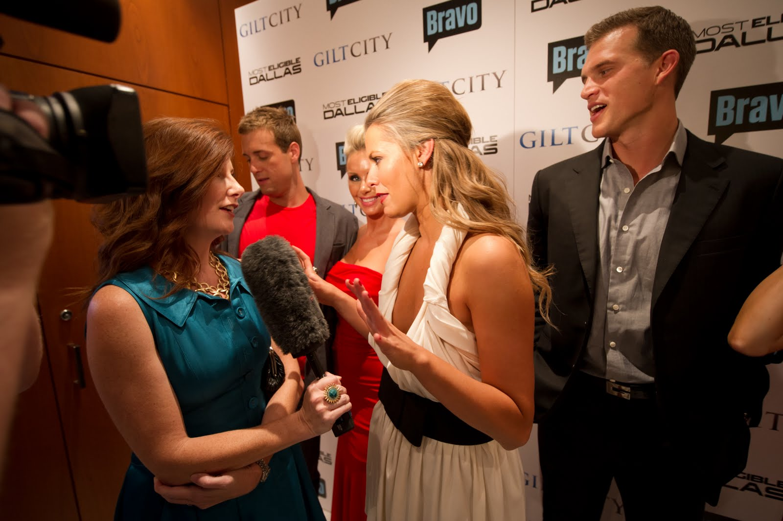 most eligible dallas matt and courtney dating Preview and download your favorite episodes of most eligible: dallas a relaxing weekend off the grid forces courtney and matt to they're dallas' most.