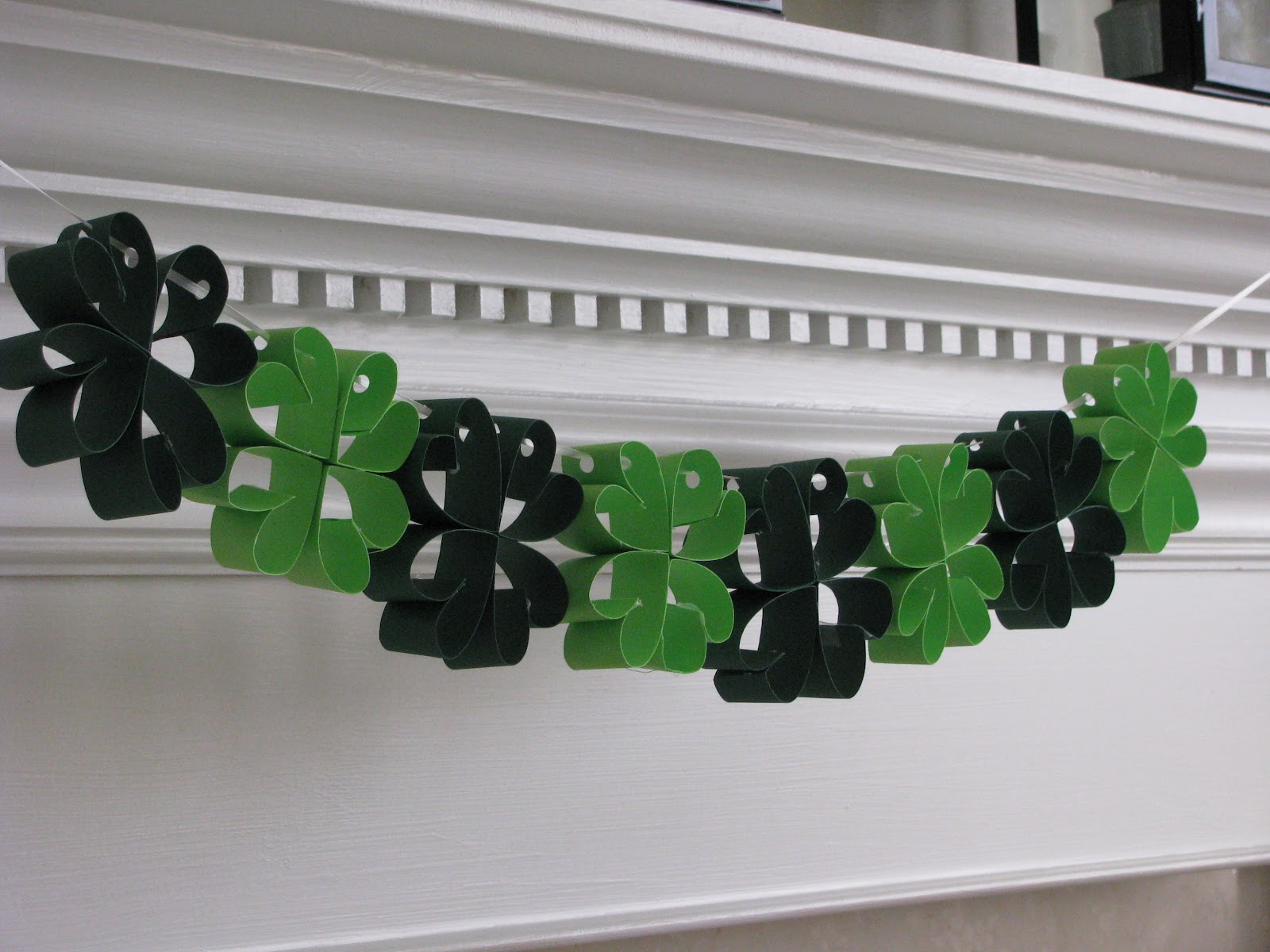 Sheek shindigs march 2012 for Homemade st patricks day decorations