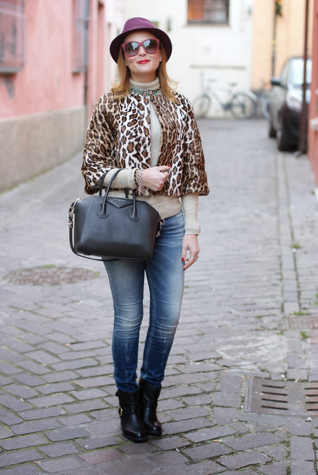 short leopard print furry jacket, Givenchy Antigona, carmens padova, Fashion and Cookies, fashion blogger