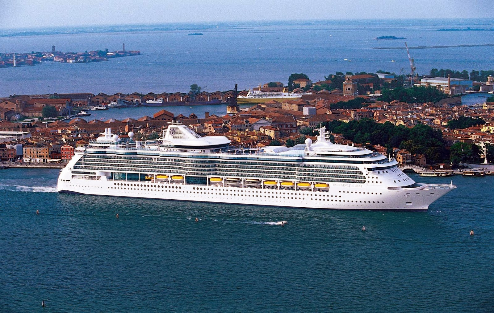 Last Minute Cruise Deals 179 For 5 Night Western Caribbean Cruise On Brilli