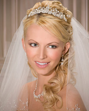 long wedding veils and tiaras | wedding hairstyles with veil