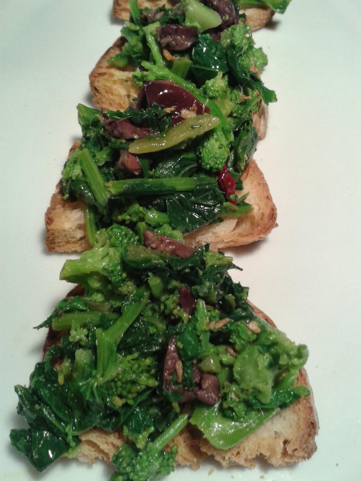 bruschetta con broccoletti