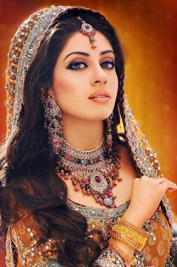 new Pakistani bridal hairs style 2016