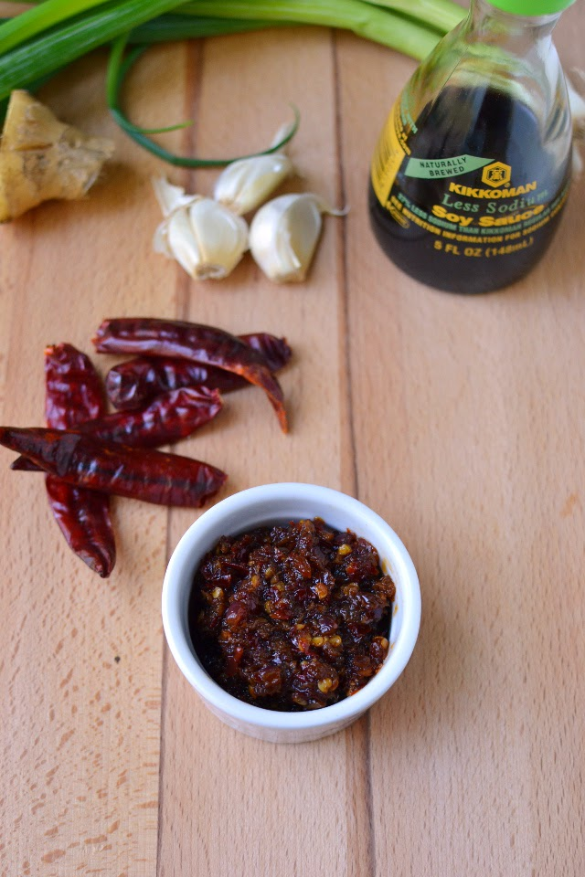 Schezwan Sauce (Indo-Chinese Red Chili-Garlic sauce)