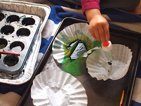 Dye coffee filters with food coloring