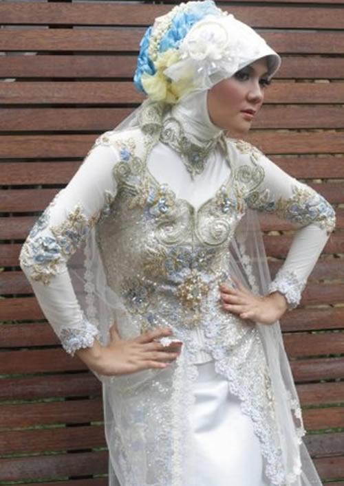 model-kebaya-trend-2013.jpg