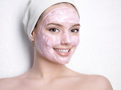 Masker Wajah Alami untuk Mencerahkan Wajah