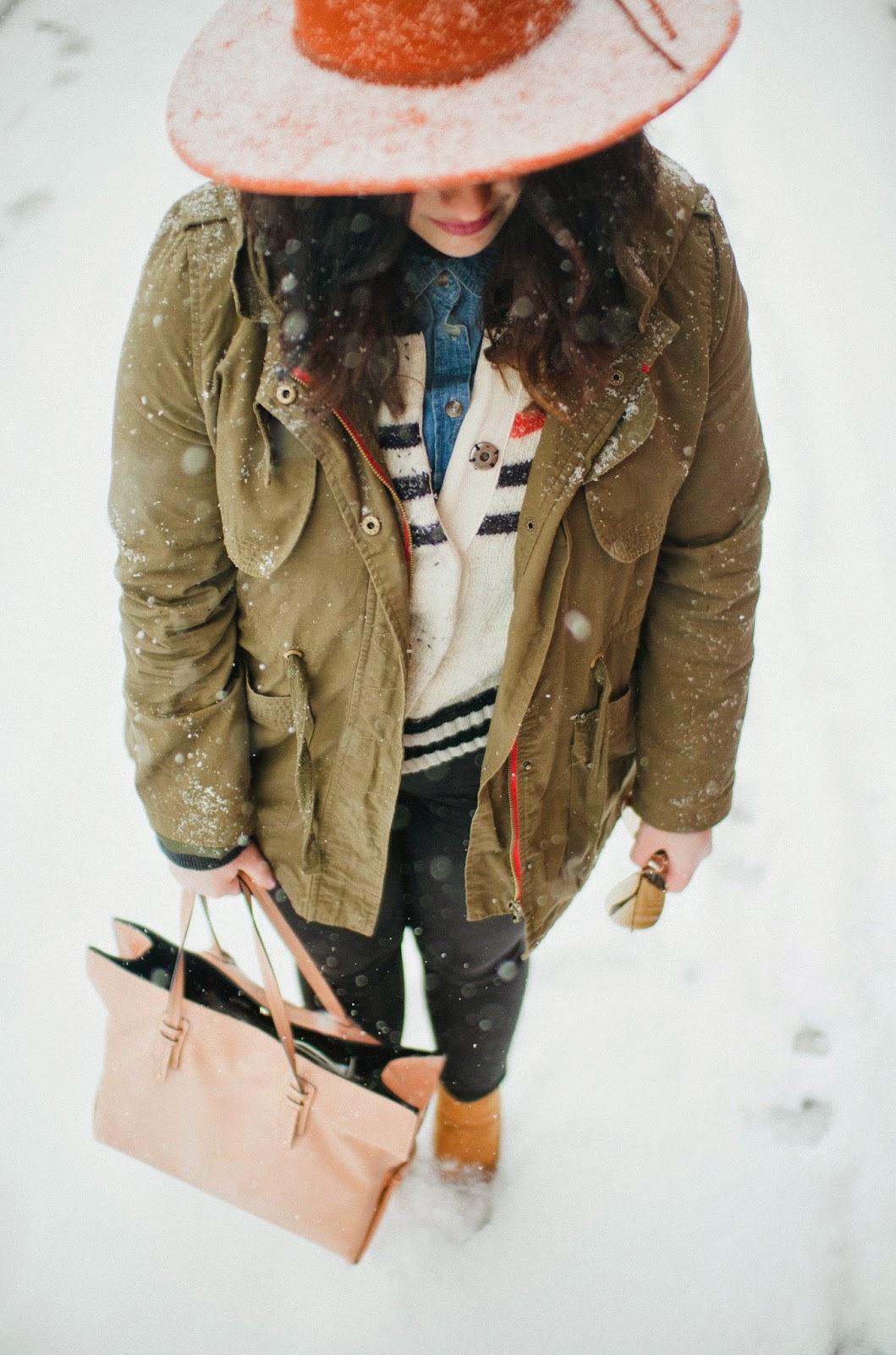 Zara, pink, shopper, snow, fashion, Philly, Philadelphia