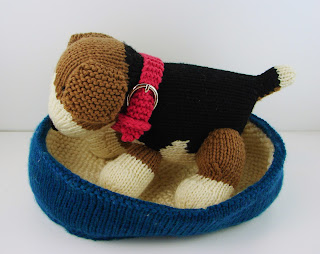 knit dog puppy water food dish toy bed