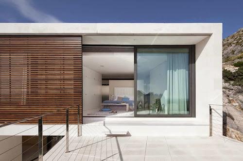 Pollença 115 House by Miquel Lacomba Architects