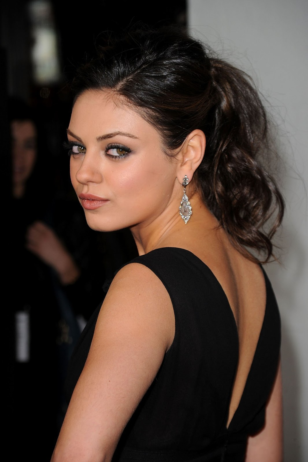 Mila Kunis Latest Hd Wallpapers Hd Wallpapers High