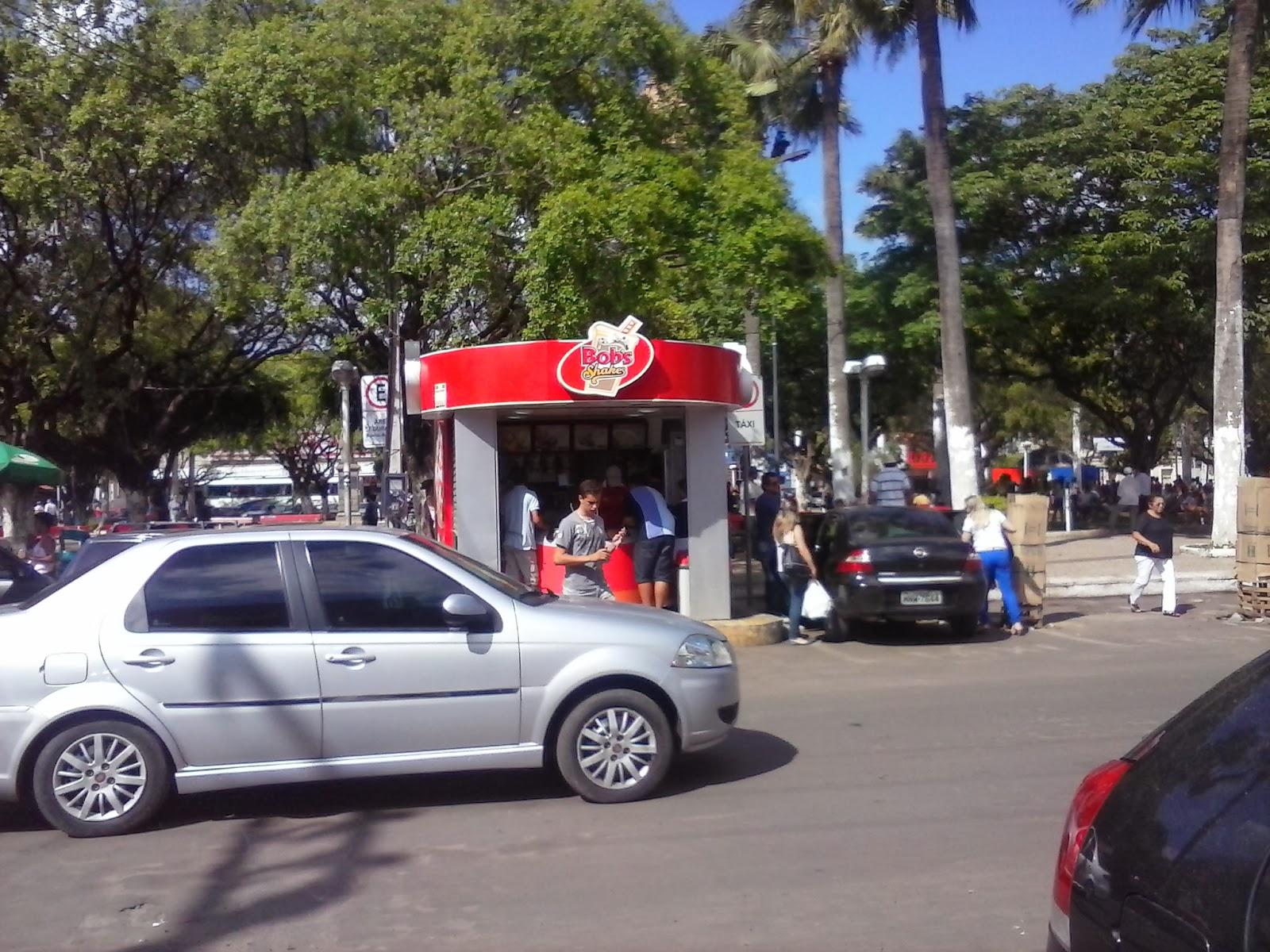 Quiosque de sorvete do Bob's na Praça Pe. Cícero.