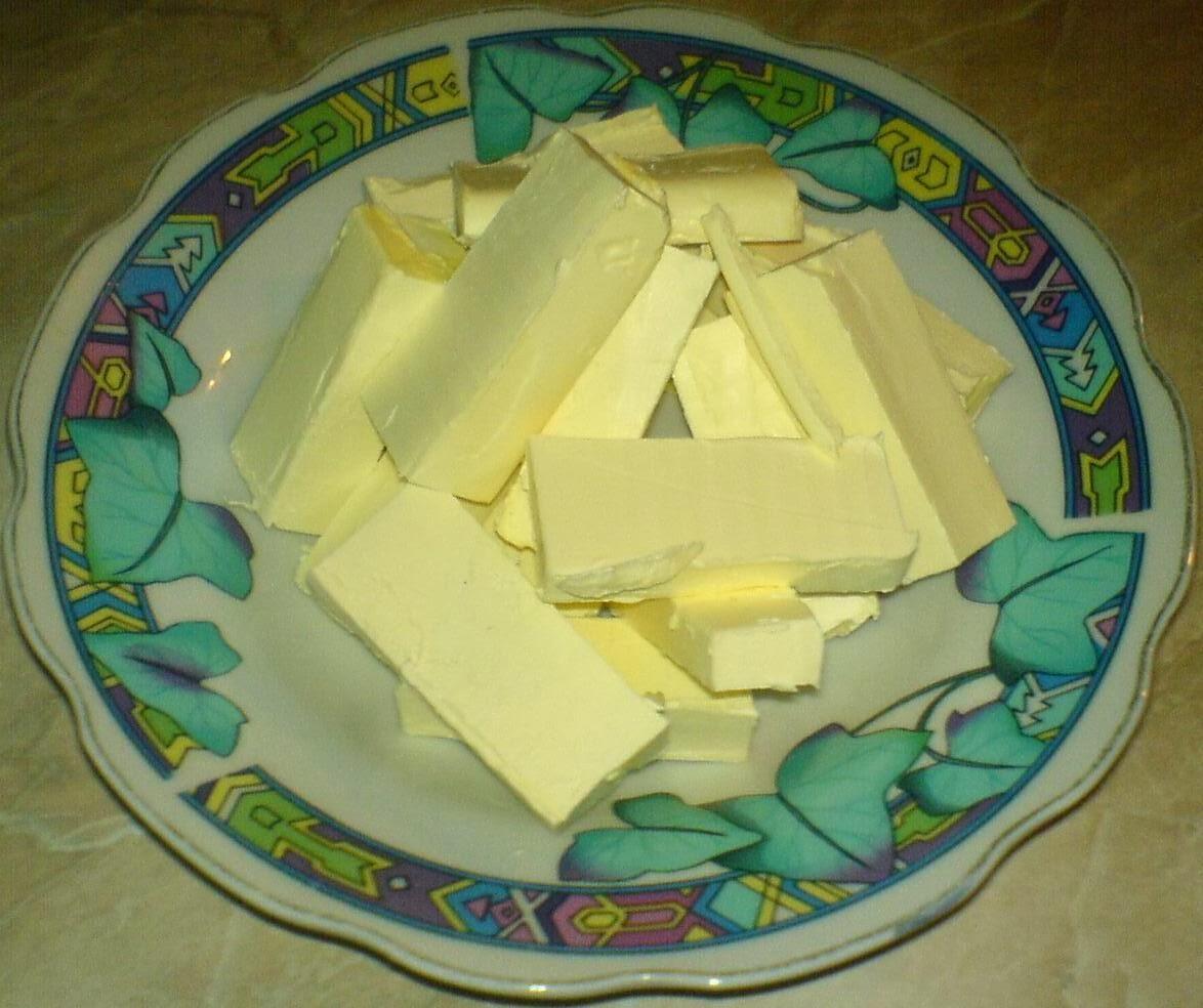 margarina, margarina topita la temperatura camerei, margarina pentru dulciuri si prajituri de casa, margarina pentru tarta, retete si preparate culinare cu margarina,