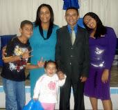 Pr. João Botelho e família