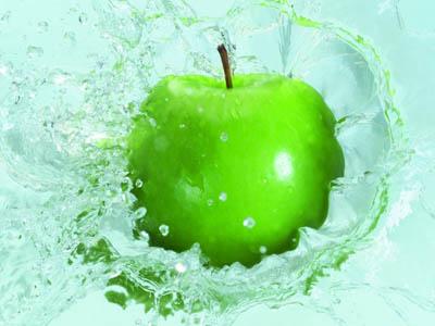Cegah kanker payudara dengan buah apel