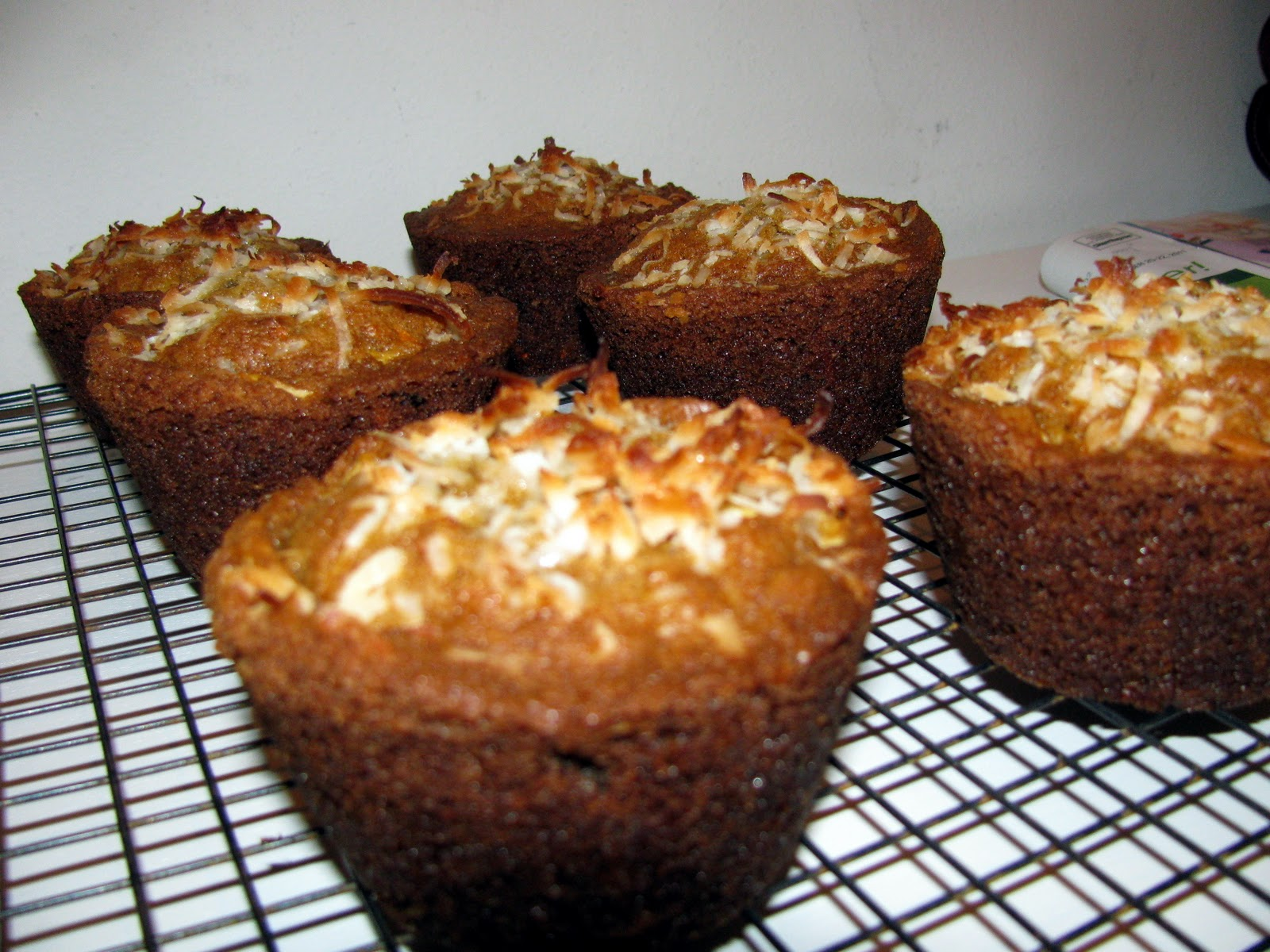 The Queen of Shibas: Whole Grain Morning Glory Muffins Recipe