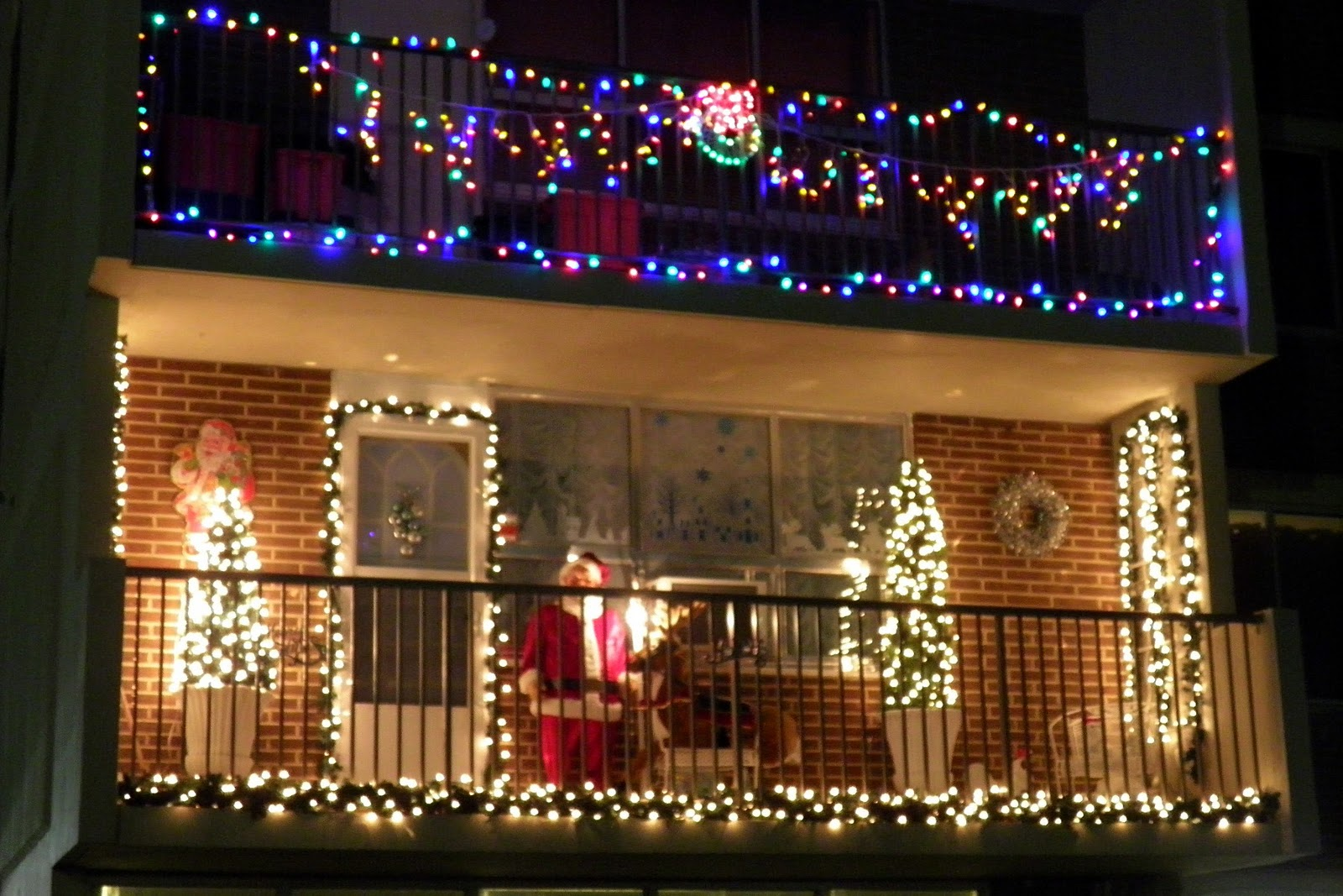 White Oaks Community: It's beginning to look a lot like ...