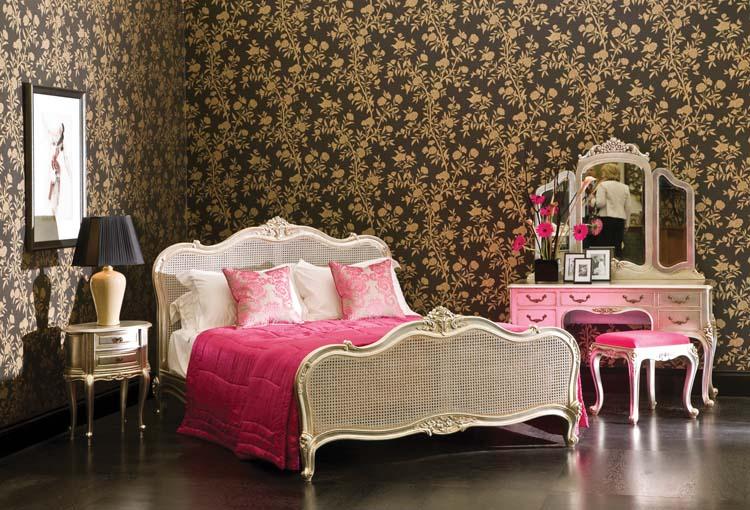 Classic Girl Bedroom Design