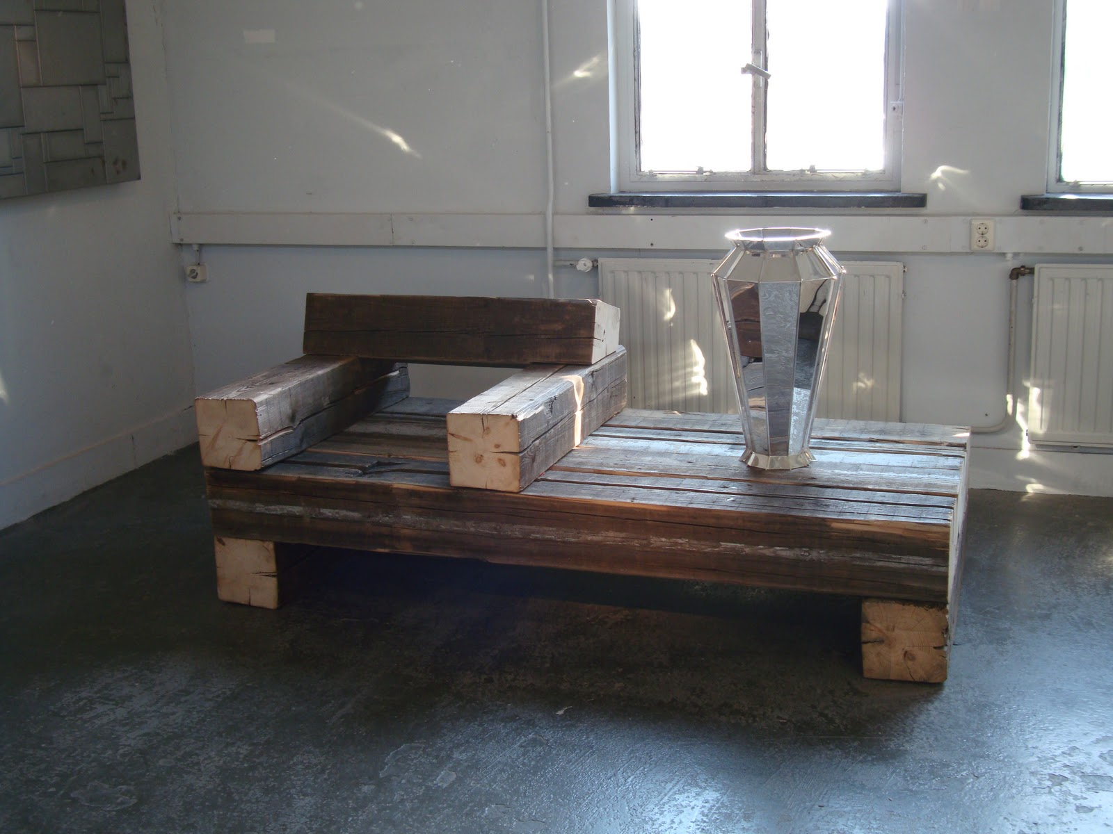 #44688722365560 Dit Is Volgens Mij Een Beetje Een Flexibel Meubel. Het Is Een Zetel En  Van de bovenste plank Dutch Design Meubelen 3123 beeld 160012003123 Inspiratie