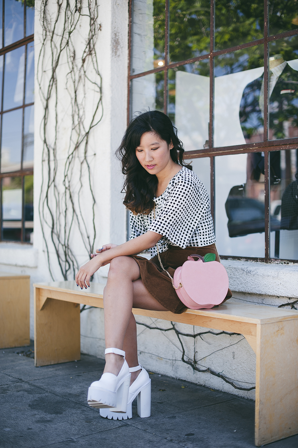 minkpink gingham cropped tee, gingham, checkered top, peach bag, nila anthony, quirky bags, suede skirt, 70s suede skirt, jeffrey campbell scully, arts district